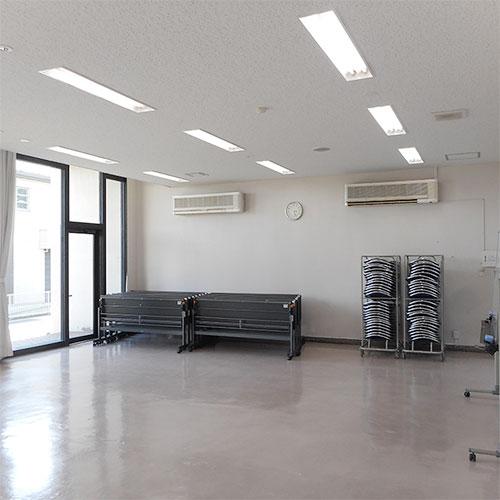 教養室(1階)