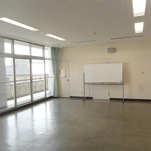 講義室(2階)